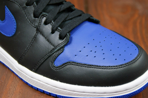 Air-Jordan-1-Royal-Black-2013
