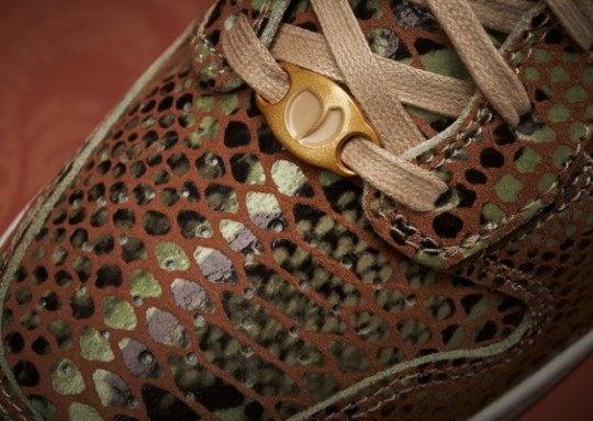 Nike-WMNS-Dunk-Sky-Hi-Year-of-the-Snake-1-620x442