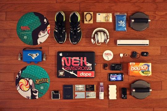 essentials-dj-neil-armstrong-01