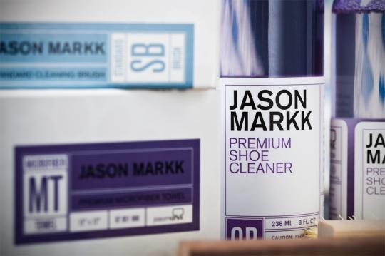 jason-markk-premium-sneaker-cleaning-kit-2