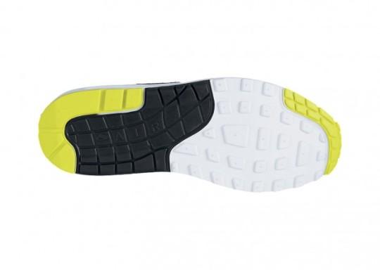 Nike-Air-Max-1-Essential-Mens-Shoe-620x442