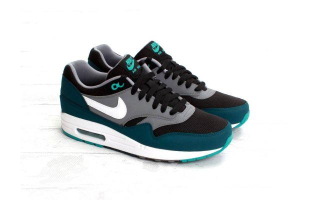 nike air max 1 black mid turquoise