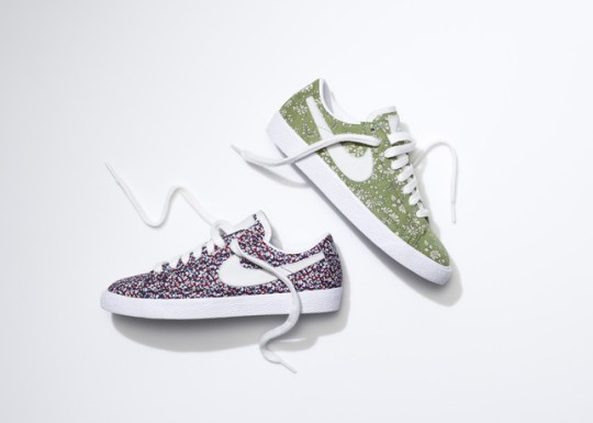 SU13_NSW_NIKEiD_BlazerLow_liberty_pair_1_large
