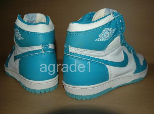 nike-air-jordan-1-dunk-unc-sample-9