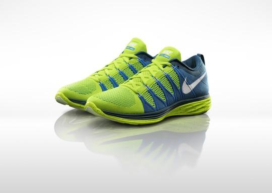 Nike_Flyknit_Lunar_2_M_Pair_large