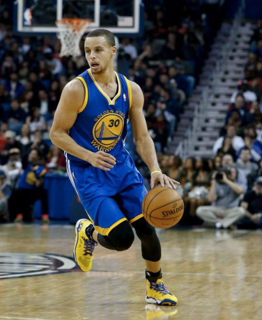 Stephen Curry Dribble Road Crop