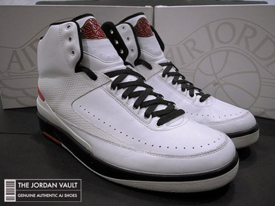air-jordan-ii-og-white-black-red-made-in-italy-sample-1(1)