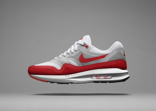 FA14_NSW_AirMax_M_H_RedGry_V3_large