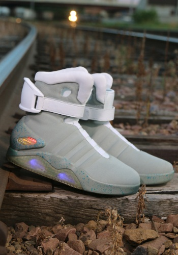 back-to-the-future-2-light-up-shoes-alt-4